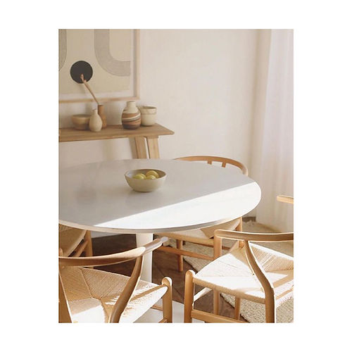 Round chair.jpg