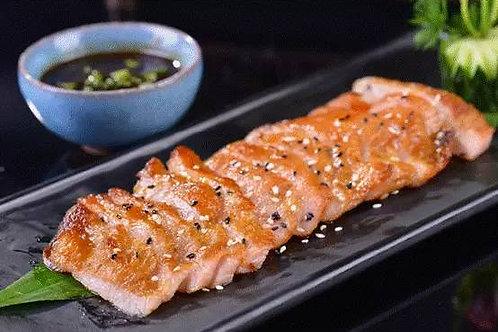 WSB44 原條已醃香茅燒豬頸肉(2塊)(已醃未煮) 250g