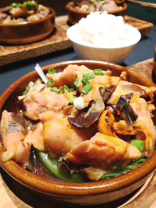ELD3 蟲草花木耳蒸滑雞(熟) Steamed Chicken,Mushroom & Black Fungus w/Cordyceps Flower 300g
