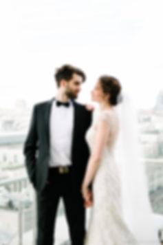 Вашему вниманию представляю профессиональное свадебное портфолио. Сохраните для вашего семейного фотоальбома лучшие моменты бракосочетания. Предлагаю по приемлемой цене фотосессию полного цикла свадебного дня: роспись в загсе, прогулка жениха и невесты, торжественный банкет.