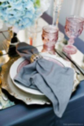 Элемент декорирования банкета. Каждый элемент в декорировании одинаково важен. Он должен сочетаться с другими элементами по цветовому и стилистическому решению.