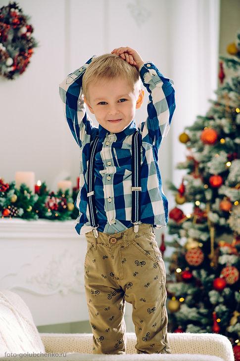 Естественные эмоции ребенка, легкая неопрятность в одежде, красивый интерьер и гармонично подобранный наряд - вот залог успешной фотографии, способной удержать внимание зрителя.