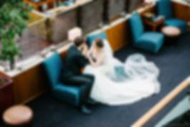 В фотосессии приняли участие молодые люди Ксения и Андрей. Не полный свадебный день включал в себя утро невесты в воздушном прозрачном платье лавандового цвета. Затем была фотосессия в светлом классическом интерьере и регистрация на фоне цветочного пано. Заключительным этапом провели свадебный при свечах с изыскано оформеленным столом.