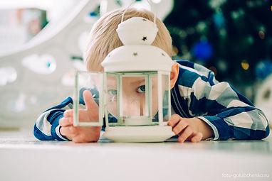 Сфотографирую ваших прекрасных малышей. Рассматривая вечерами предусмотрительно сделанные фотографии мы вспоминаем какими были наши детки.