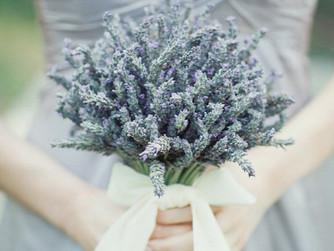 Как подобрать букет для свадебной фотосессии?