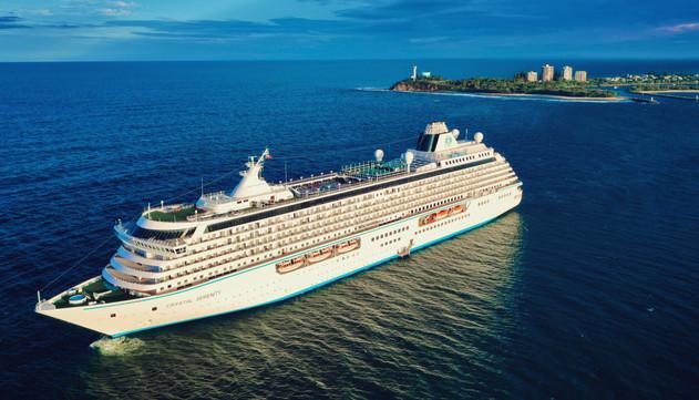 Cruise Ship departing Mooloolaba Sunshine Coast