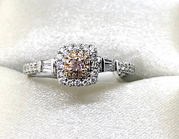 18K Fancy Pink Diamond Ring