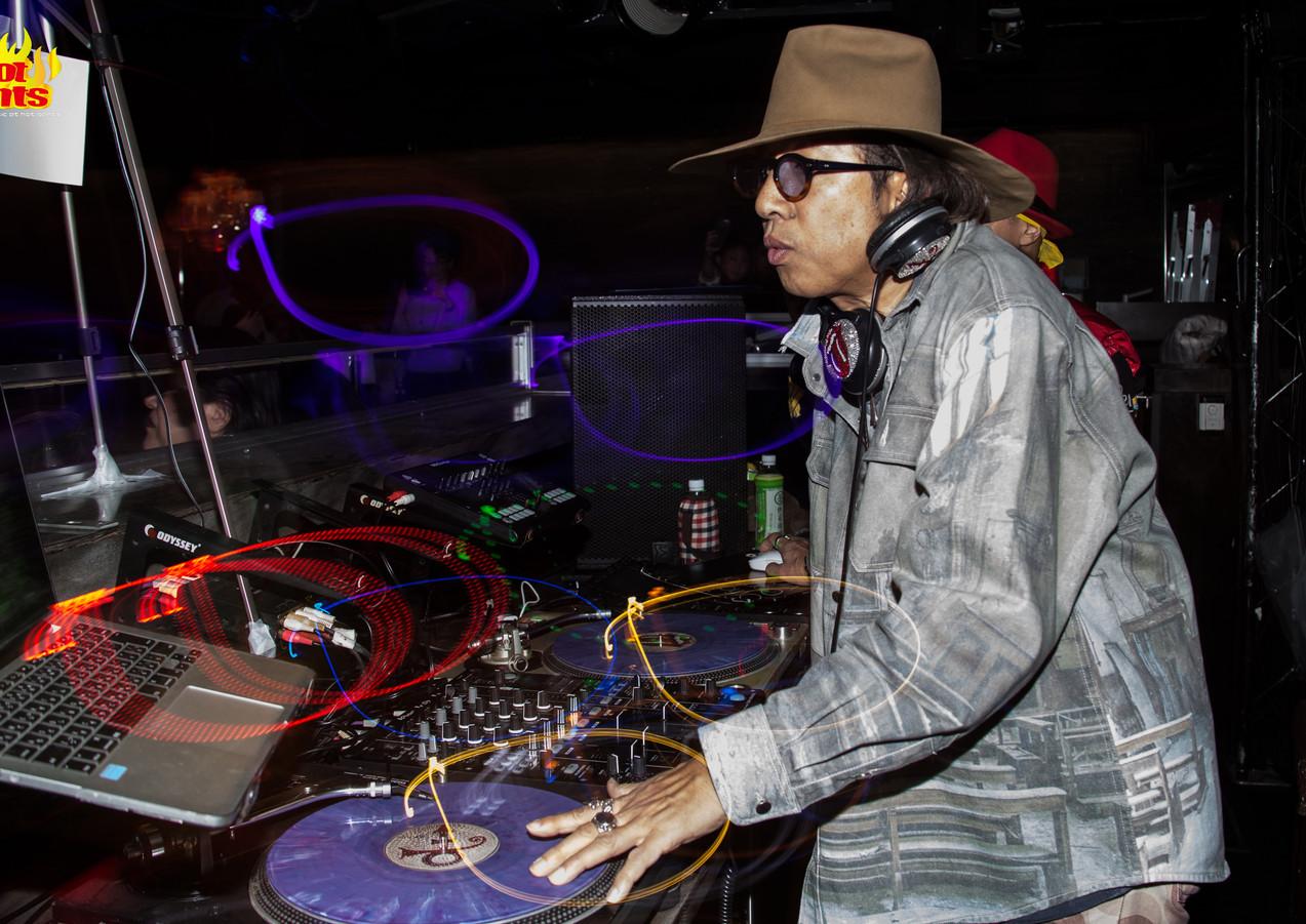 DJ TAKA.jpg