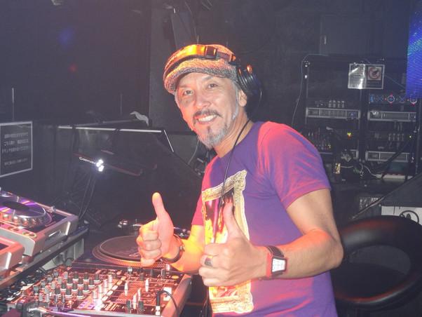 DJ-AKIRA.jpg