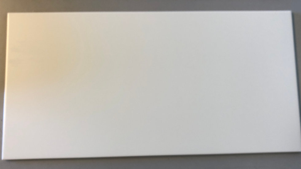 Klassisk hvid flise, mat 30x60cm, pris pr. kvm.