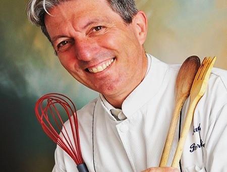 A polenta à valdostana, um ícone do Valle d'Aosta, feita por um chef desta região
