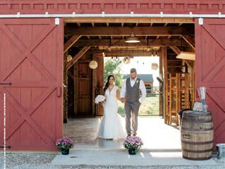 12 Essentials for Your Rustic Farm Wedding