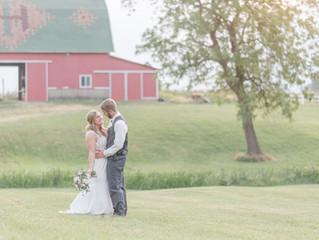 RUSTIC MEETS ELEGANCE IN THIS INDIANA ALPACA FARM WEDDING: THE REAL WEDDING OF CORINNA AND TAYLER JO