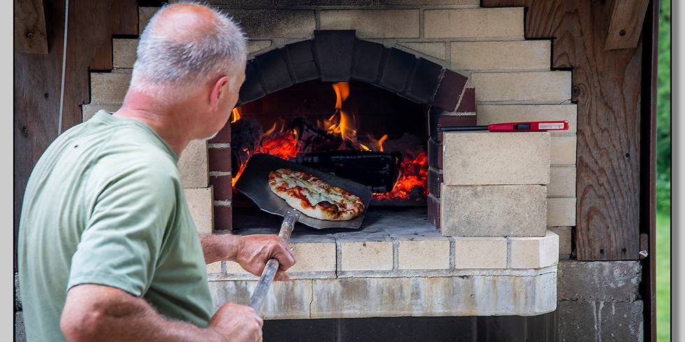 Wood-fired Pizza Night!