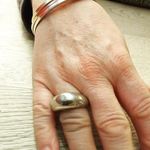 Cast textured Ring