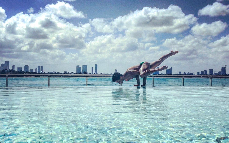 Outdoor Yoga / MBM