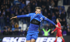 Sander Berge playing for Genk