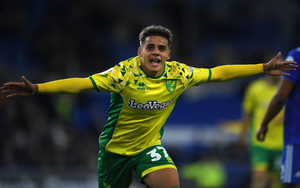 Max Aarons playing for Norwich in the English Championship