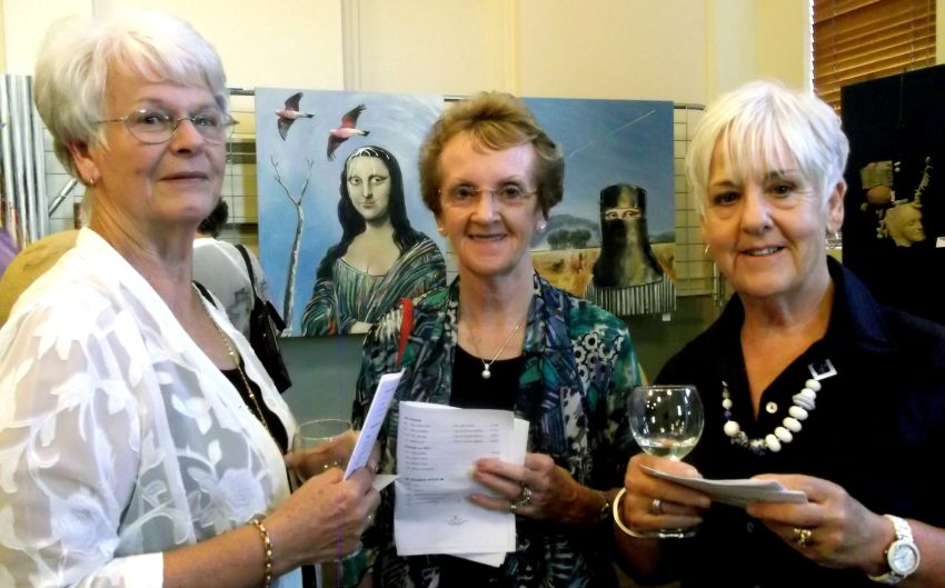 Marie Spry, Elvy Quirk , Monica Sanderson (and Mona Lisa)