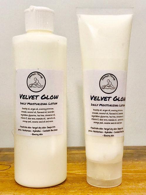 Velvet Glow Daily Moisturizing Formula