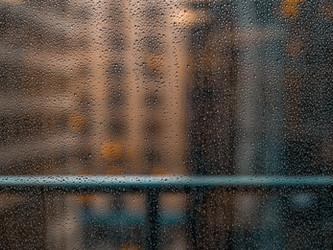 _台風、雨など…気圧の変化による不調_