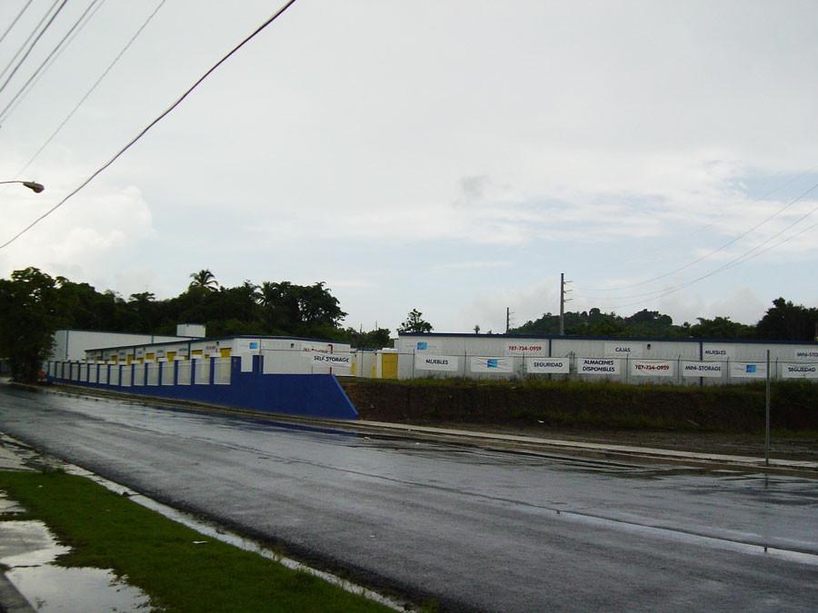 Caribbean-SelF-Storage-Juncos-3.jpg