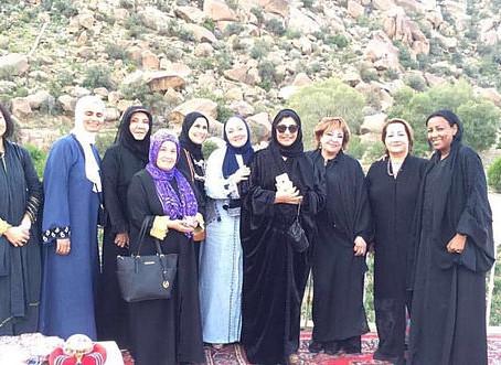 زيارة الاميرة فهدة بنت سعود لمزارع الحلواني للورد الطائفي