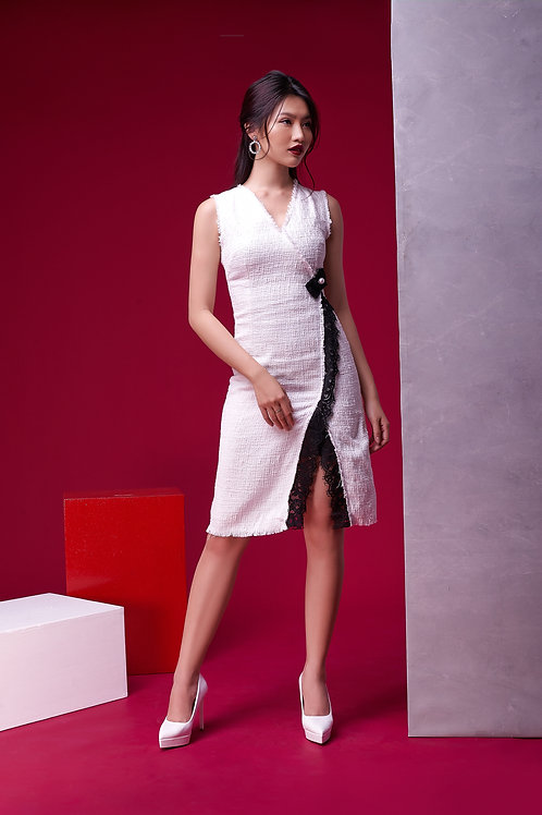 V Neck Tweed Dress With Lace - White