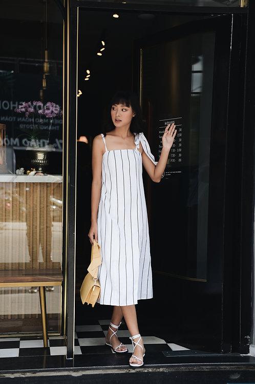 Striped midi dress with belt - White