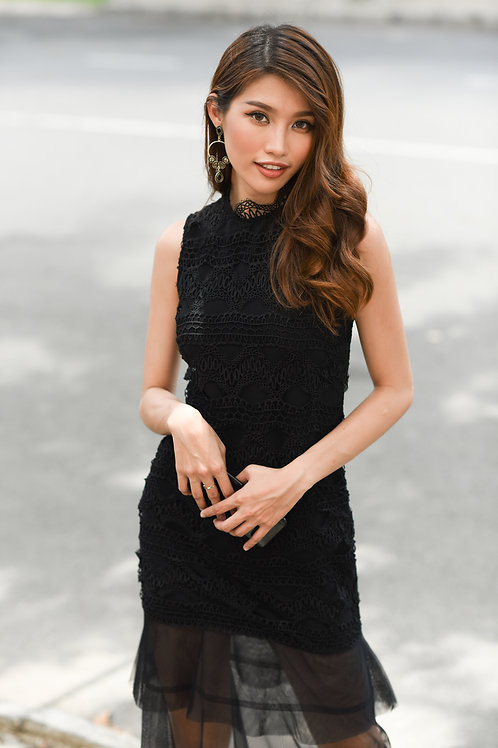 Lace Dress With Sheer - Black