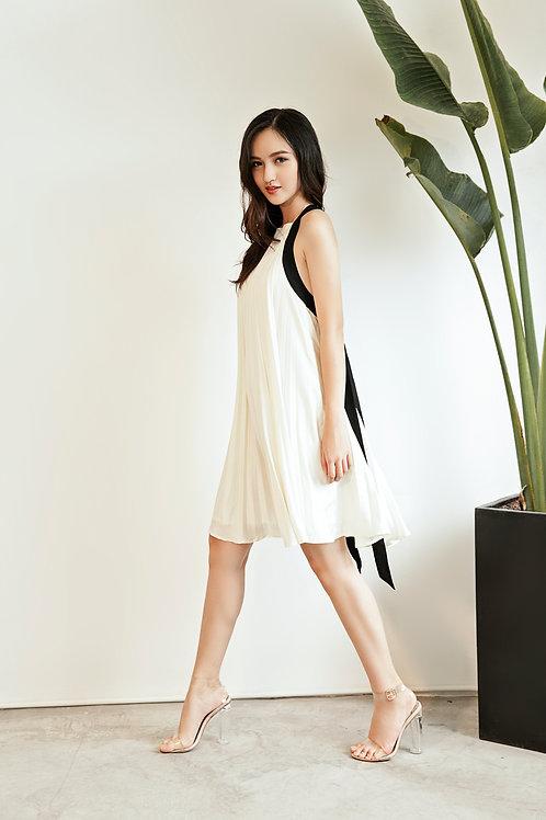 Pleated Multi-way Dress -White