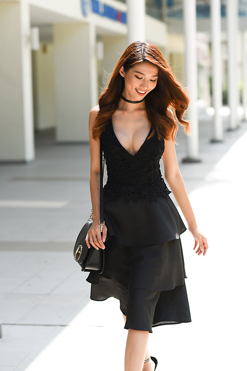 V Neck Lace Dress - Black
