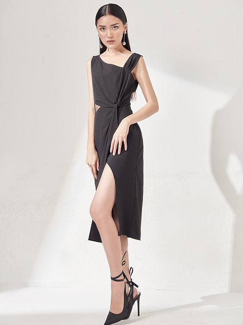 Twisted Front Dress With Sheer - BLack