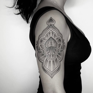 ornate_dotwork_tattoo.jpg