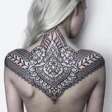 ornate style tattoo by helen hitori