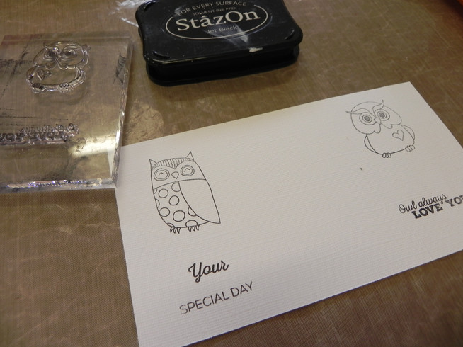 How to use Owl stamps to make a cute card:-