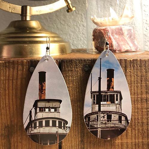 Skipper earrings