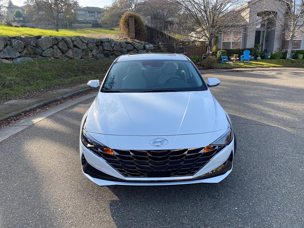 2021 Hyundai Elantra Limited front view