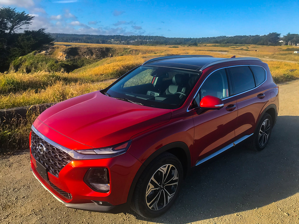 Front 3/4 view of 2020 Hyundai Santa Fe