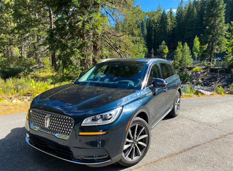 Baby of the Family: The 2020 Lincoln Corsair AWD Reserve