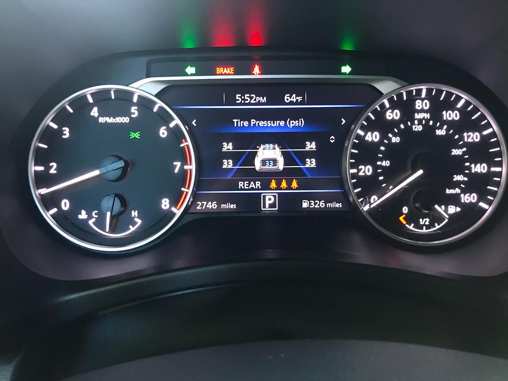 2020 Nissan Sentra 2.0 SR gauge cluster