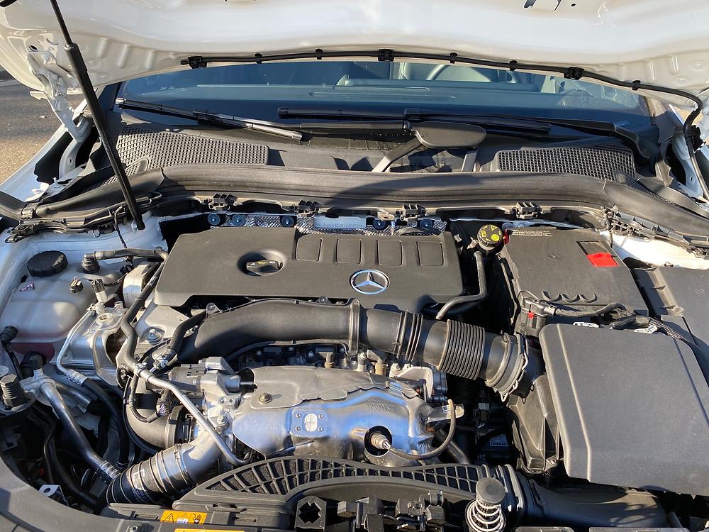 2021 Mercedes-Benz GLA 250 engine