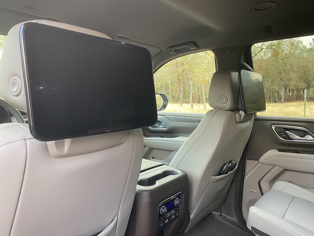 2021 Chevrolet Tahoe 4WD Z71 second-row entertainment screens