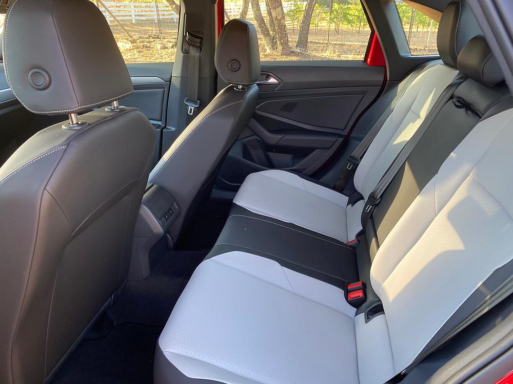 2020 Volkswagen Jetta 1.4T R-Line rear seat