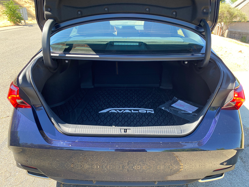2021 Toyota Avalon Limited AWD trunk