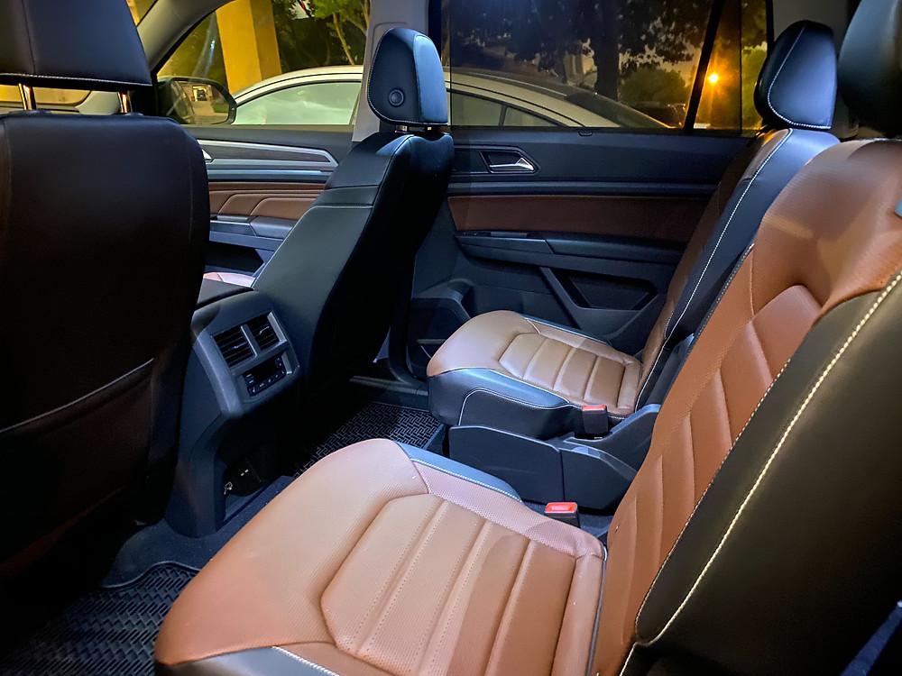 2021 Volkswagen Atlas V6 SEL Premium rear seats
