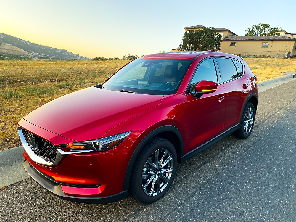 2020 Mazda CX-5 Signature AWD front 3/4 view