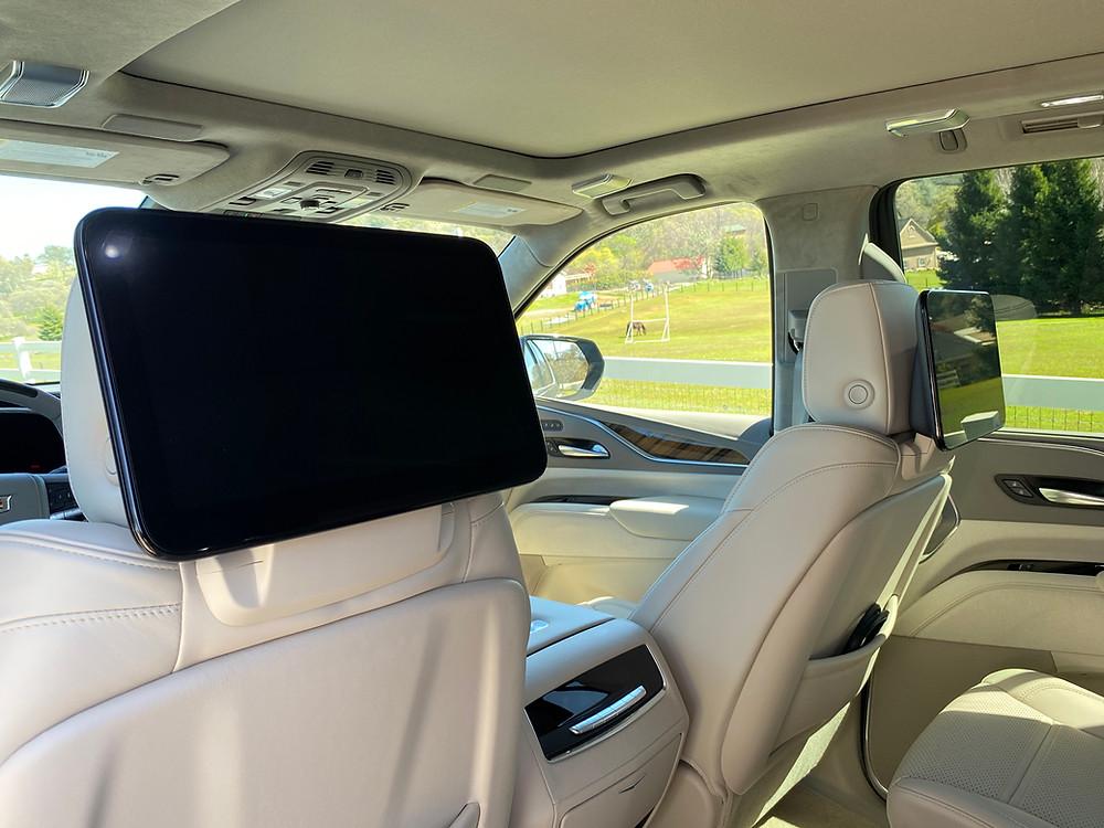 2021 Cadillac Escalade 4WD Platinum rear seat screens