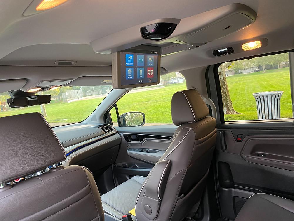 2021 Honda Odyssey entertainment screen