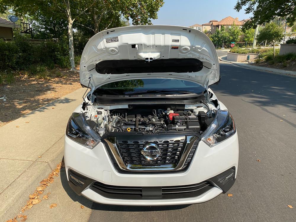 2020 Nissan Kicks hood up
